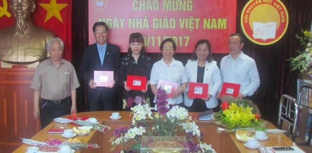 Trung ương Hội Khuyến học kỉ niệm 35 năm Ngày Nhà giáo Việt Nam - 2
