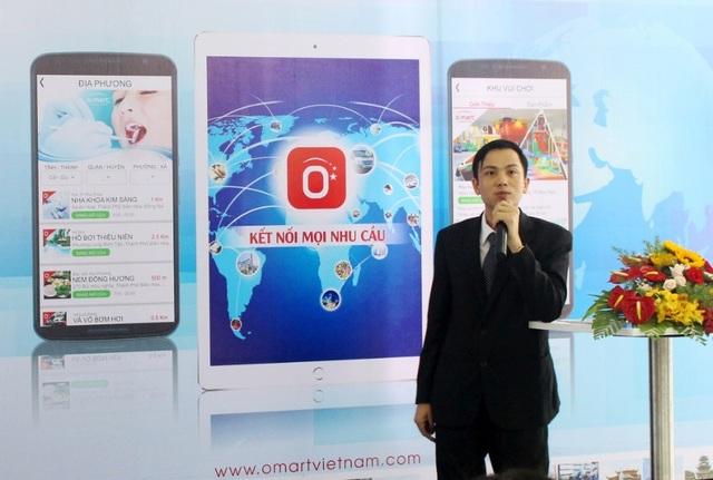 Anh Nguyễn Văn Hiền trong buổi họp báo ra mắt ứng dụng di động Ô-mart