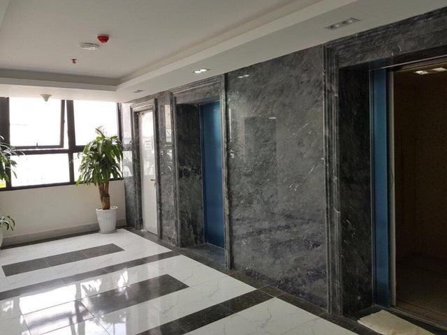 Sảnh thang máy tại Eco City