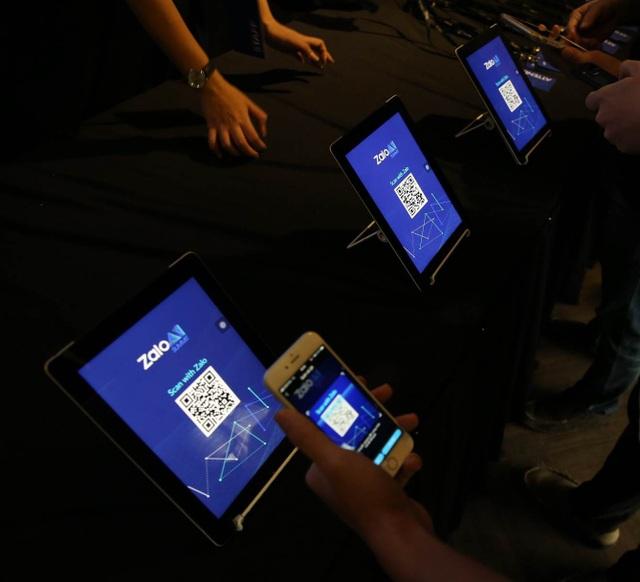 """""""Tổ chức một sự kiện liên quan đến AI, với các kỹ sư công nghệ hàng đầu tham dự, chúng tôi muốn chia sẻ với cộng đồng về việc Việt Nam chính thức tham gia vào làn sóng AI toàn cầu"""", ông Vương Quang Khải, lãnh đạo Zalo, người dẫn dắt sự kiện Zalo AI bày tỏ."""