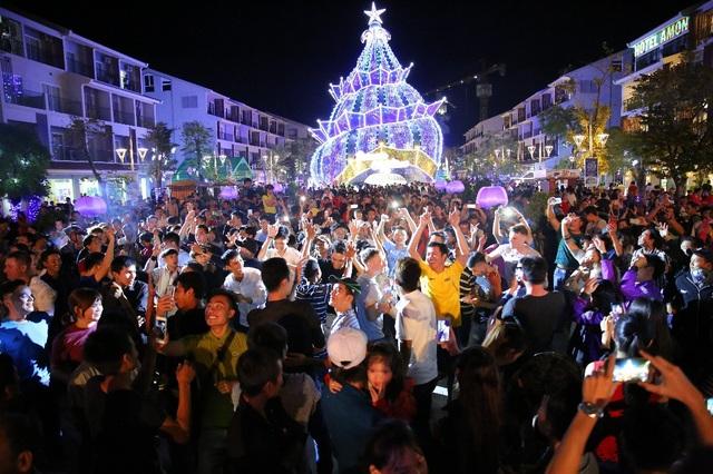 Phú Quốc chào năm mới 2018 bằng đại nhạc hội countdown sôi động - 2