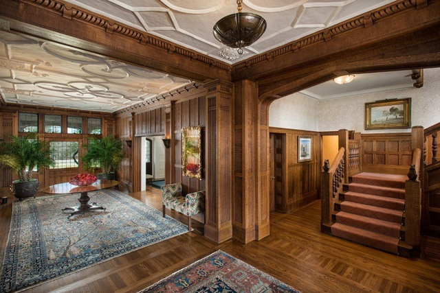Toàn bộ không gian bên trong đều được xây dựng bằng gỗ
