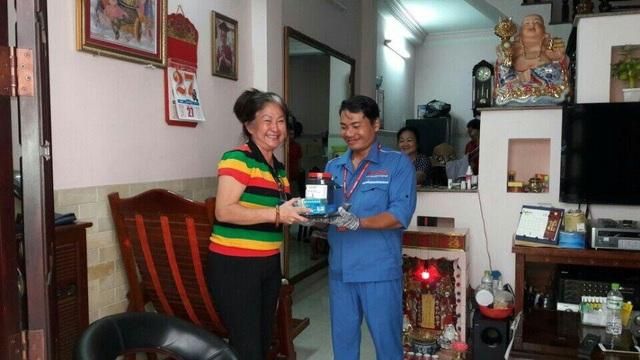 Niềm vui khách hàng khi nhận dịch vụ chăm sóc bất ngờ của Nguyễn Kim