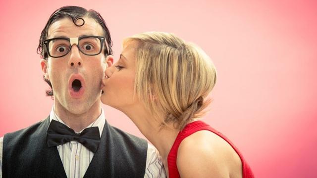 """10 sự thật """"điên rồ"""" về nụ hôn đối với sức khỏe - 8"""