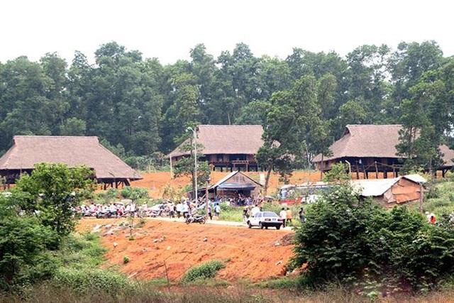 Địa điểm thi đấu tại Đồng Mô, thị xã Sơn Tây, Hà Nội