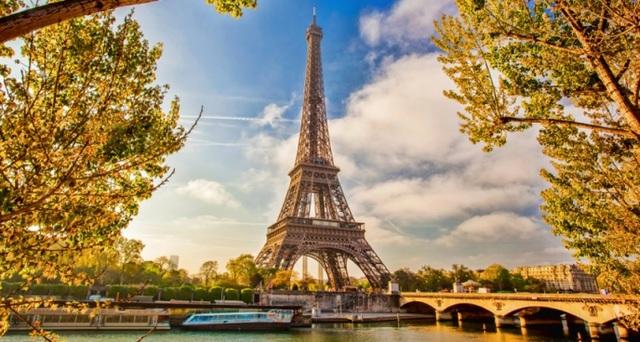 Sự thật kì lạ về tháp Eiffel mà bạn chưa biết - 3