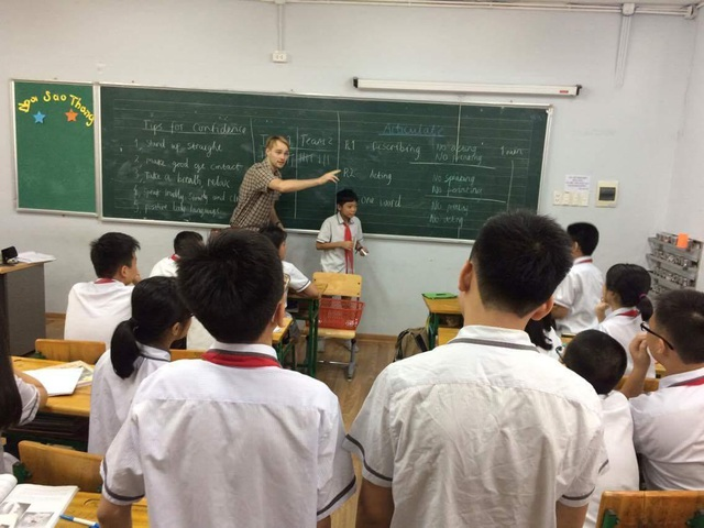 """Thầy giáo Anh quốc điển trai với châm ngôn: """"Giáo dục cần tôn trọng sự đa dạng"""" - 3"""