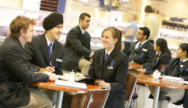 """Săn Học bổng """"khủng"""" & Thực tập hưởng lương – Lời giải cho bài toán Chi phí du học Úc - 3"""