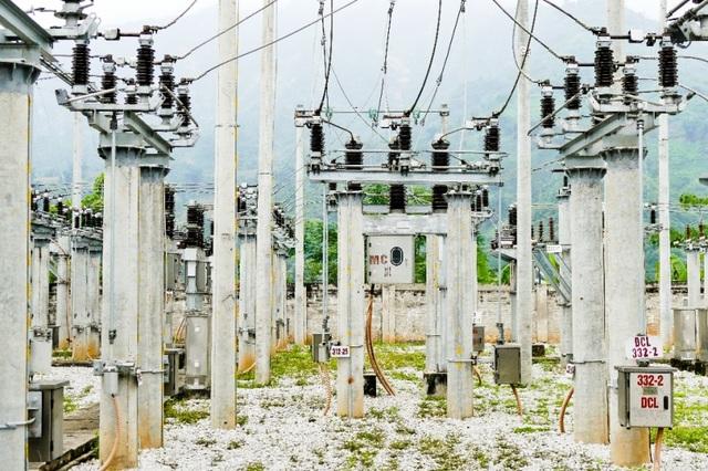 Trạm biến áp nhà máy thủy điện Vạn Hồ thuộc cụm thủy điện Ngòi Xan