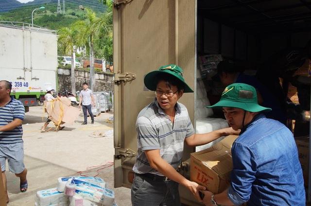 Công ty Dekalb Việt Nam (Monsanto) chung tay giúp đỡ bà con Sơn La