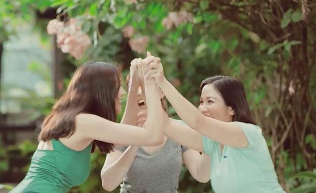 """Với vai trò là đại sứ của chiến dịch """"Sống trẻ cùng Anlene"""", Thanh Hằng kỳ vọng sẽ mang lại cảm hứng để phụ nữ Việt thêm trân quý bản thân."""