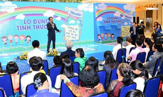 """Phát biểu tại buổi lễ, Ông Leo Boon Wang – Tổng Giám Đốc Amway Việt Nam chia sẻ """"Chúng tôi rất hân hạnh được hợp tác với tổ chức SOS danh tiếng. Hỗ trợ trẻ em là một mục tiêu toàn cầu và kiên định của chúng tôi ở hơn 100 thị trường Amway đang hoạt động"""" - Ảnh: Amway VN"""