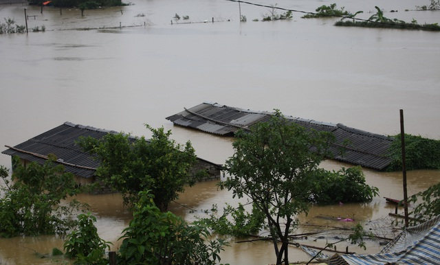 Cơn bão Linda năm 1997 đã gây ra hậu quả vô cùng thảm khốc cho nhân dân Cà Mau. (Ảnh minh họa)