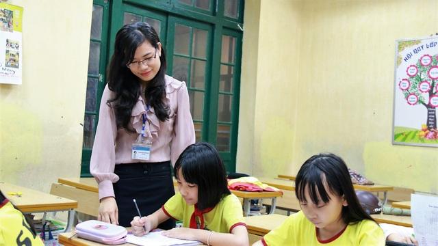 Theo Bộ GD-ĐT cách tính lương hiện nay khó khuyến khích những người có trình độ vào ngành giáo dục.