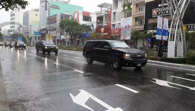 """2 siêu xe """"Quái thú"""" của Tổng thống Trump lăn bánh trên đường phố Đà Nẵng - 13"""