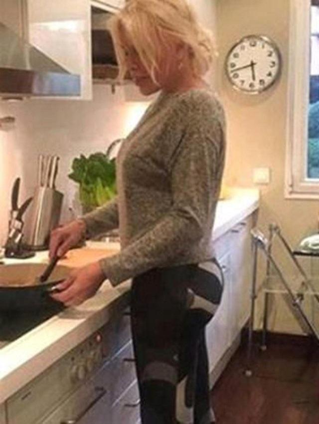 Nóng bỏng kể cả khi nấu ăn trong bếp