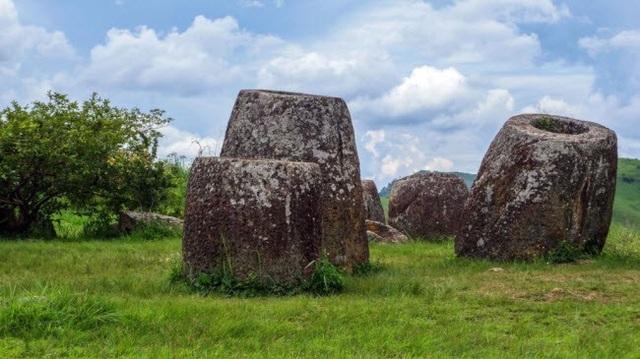 Hiện tại, chính phủ Lào đang đệ trình hồ sơ lên UNESCO, đề nghị công nhận Cánh đồng chum là Di sản thế giới.
