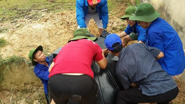 DHS Việt tại Nga về nước xây công trình phụ, tu bổ trường học ở bản Rào Con - 4