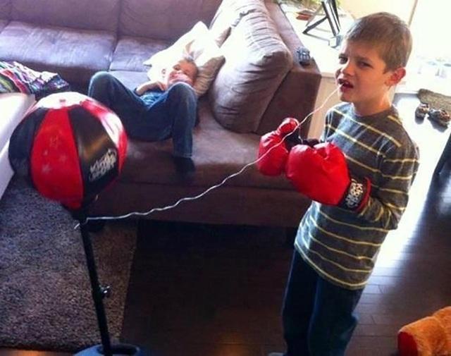 Cha dạy rằng là đàn ông con trai phải biết tự mình nhổ răng một cách dứt khoát và dũng cảm