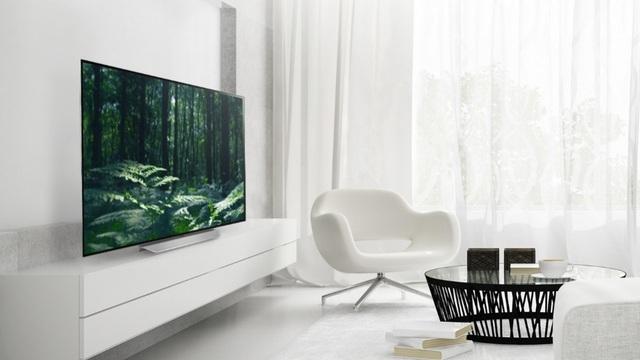 LG C7T hội tụ đủ các thế mạnh của công nghệ mới OLED nhưng có mức giá tương đương với một số dòng TV LCD cải tiến có thêm chấm lượng tử