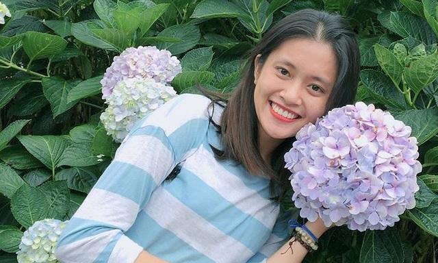 Nét đẹp tinh khôi của nữ sinh tình nguyện viên APEC năng động - 5