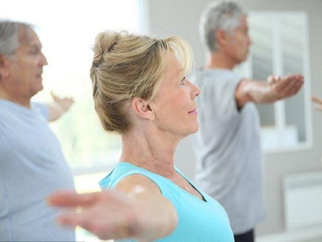 Tuy nhiên, theo các chuyên gia Y tế, mỗi bệnh nhân có khả năng vận động khác nhau, tùy tình trạng bệnh lý, sự thích nghi, trạng thái cơ thể mà có thể lựa chọn môn thể dục phù hợp, hoặc đi bộ, tập aerobic... Vì thế chương trình luyện tập nên bắt đầu chậm và tăng từ từ, lựa chọn bài tập nên dựa vào sở thích/khả năng/động lực của bệnh nhân.