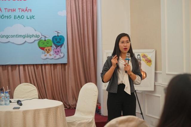 Cô Kim Huệ, giảng viên Tâm lí, Đại học Sư phạm Hà Nội.