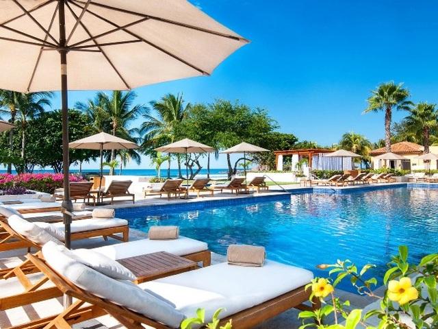 Top 10 bể bơi khách sạn đẹp mê mẩn - 5