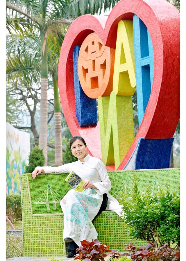 Nữ họa sĩ trẻ mong muốn mang nét đẹp Việt Nam qua những tác phẩm sáng tạo đến bạn bè quốc tế.