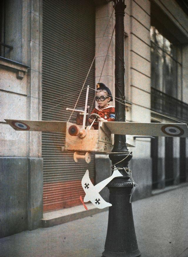 Những bức ảnh màu tuyệt đẹp chụp từ kỹ thuật lỗi thời 100 năm trước - 16
