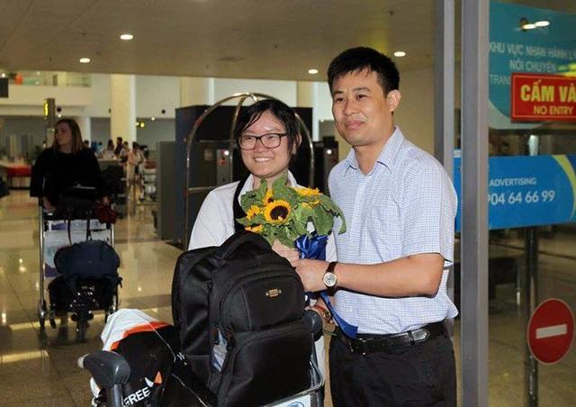 Tấm HCB thứ hai của đoàn do em Nguyễn Phương Thảo, học sinh lớp 11, Trường THPT chuyên Khoa học Tự nhiên, Đại học Quốc gia Hà Nội mang về.