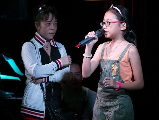 Thành công của Phương Mỹ Chi tại The Voice Kids có sự góp công không nhỏ từ cô Út