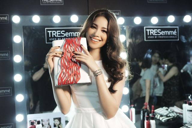 Thương hiệu tóc gắn liền với các sự kiện thời trang đình đám của thế giới và Việt Nam - 5
