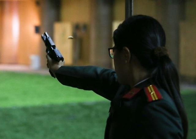 Chia sẻ với CAND Online, một nữ chiến sĩ Cảnh vệ cho biết, bắn súng là môn đặc biệt, có thể thành tích khi tập rất tốt nhưng khi vào giải lại không được như ý. Các giải đấu là dịp quan trọng để các chiến sĩ rèn luyện bản lĩnh, kinh nghiệm, qua đó áp dụng vào thực tế chiến đấu.