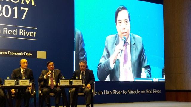 Ông Bùi Tuấn Anh, Hiệu trưởng Đại học Ngoại Thương bàn về hợp tác giáo dục Việt – Hàn.