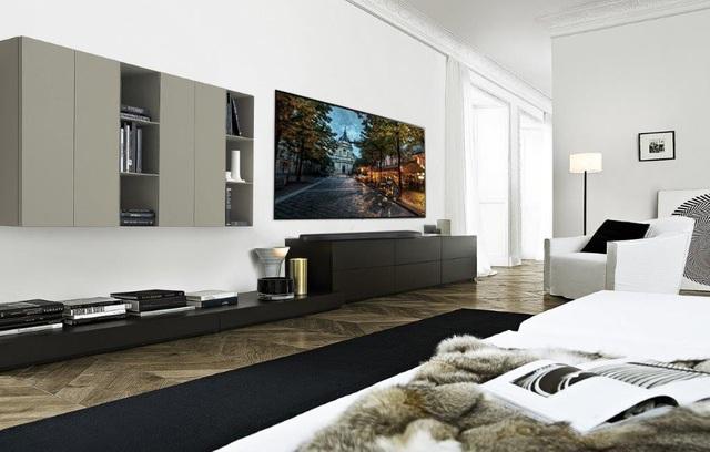 Việc sở hữu LG OLED Signature W giúp không gian phòng khách trở nên hiện đại, tinh tế và đầy đủ tiện nghi.