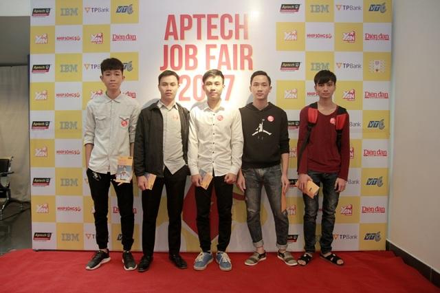 Người trẻ Việt nên chọn ngành gì để có lương 2.000USD? - 6