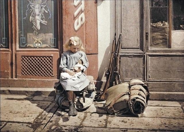 Những bức ảnh màu tuyệt đẹp chụp từ kỹ thuật lỗi thời 100 năm trước - 17