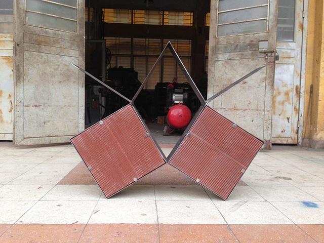 """Những khối vuông giúp tránh nắng,đồng thời hút gió, cho ngôi nhà """"thở đúng cách"""", thừa sáng mà không bị nóng."""