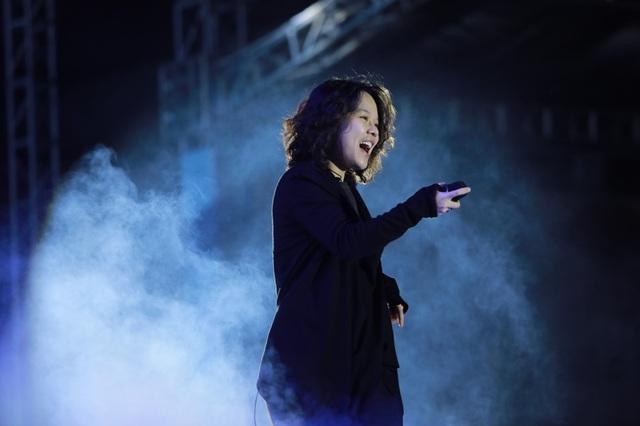 Isaac, Soobin Hoàng Sơn, Đông Nhi sôi động trong đại tiệc âm nhạc - 7