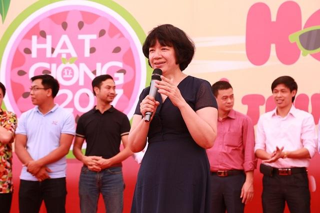 TS. Trịnh Thu Tuyết và các thầy cô giáo dặn dò học sinh những lưu ý trước kỳ thi THPT quốc gia