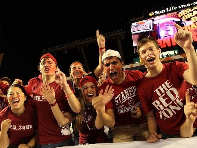 7. Đại học Stanford.