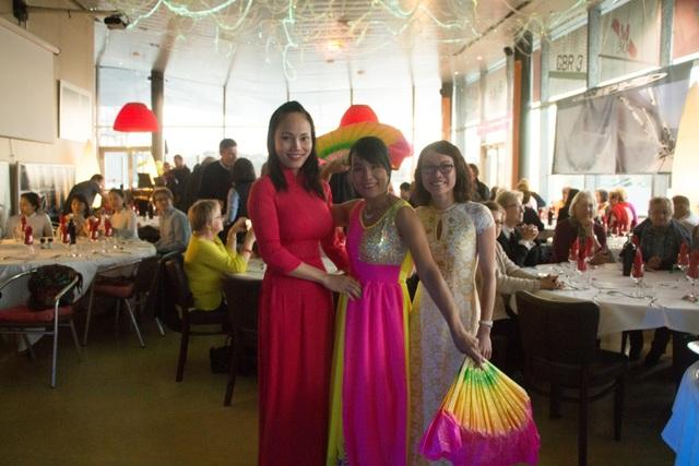 Đêm nhạc trung thu từ thiện của cộng đồng người Việt trẻ tại Lorient - 6