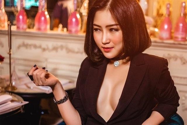 Những mỹ nữ từng bị gạ tình gây xôn xao showbiz Việt - 8