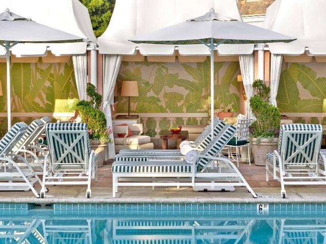 Top 10 bể bơi khách sạn đẹp mê mẩn - 8