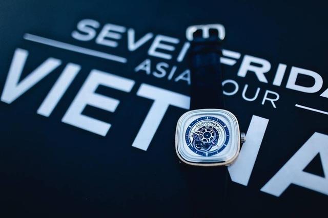 Những chiếc SevenFriday P3/06 Yatch Club phiên bản giới hạn 450 chiếc đầu tiên đã tìm được chủ nhân tại Việt Nam ngay trong đêm tiệc.