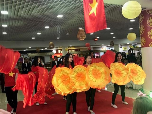 Rực rỡ Festival thức ăn đường phố Việt tại Nga - 10