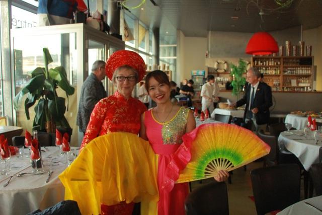 Đêm nhạc trung thu từ thiện của cộng đồng người Việt trẻ tại Lorient - 8