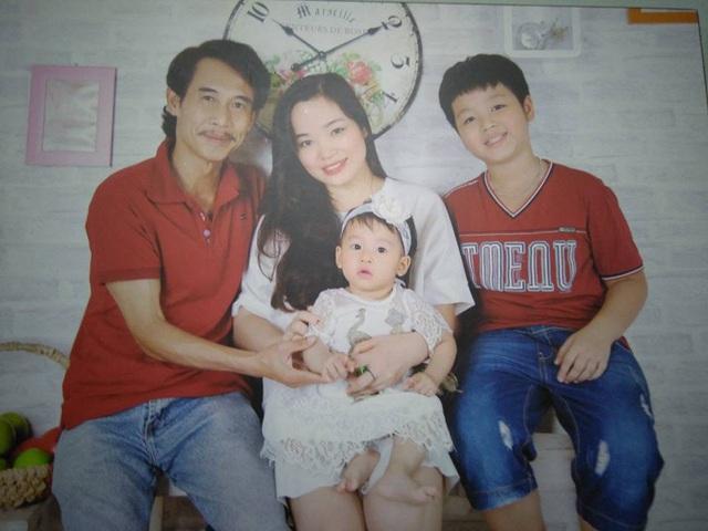 Gia đình hạnh phúc của nghệ sĩ Phú Đôn.