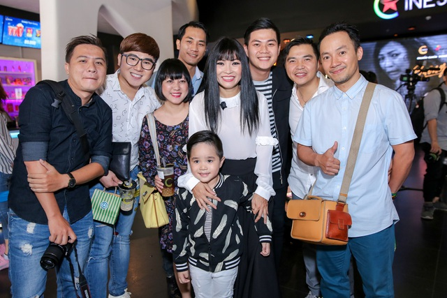 Những người bạn thân thiết đến ủng hộ Phương Thanh